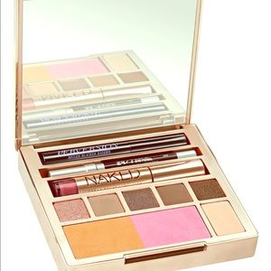 NAKED Urban Decay ON THE RUN